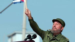 Fidel Castro Havannassa 21. kesäkuuta 2004.