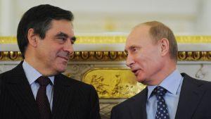 François Fillon ja Vladimir Putin Moskovassa vuonna 2011, jolloin molemmat toimivat maidensa pääministereinä.