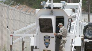 Kansalliskaartin sotilas Meksikon rajalla.