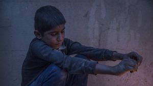 Poika Hassan Shamin pakolaisleirillä Mosulin ulkopuolella Syyriassa 30. marraskuuta.