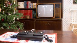 Televisio olohuoneessa