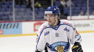 Mikko Kousa #10