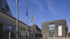 Suomen ja muiden Pohjoismaiden suurlähetystön sisäänkäynti Berliinissä.