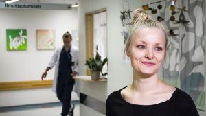 Sairaanhoitaja Sini Kärkkäinen palaa hoitovapaalta töihin tammikuussa