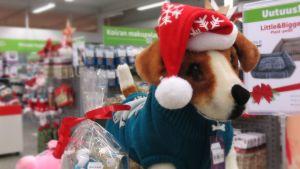 Lemmikeille ostetaan entistä enemmän joululahjoja.