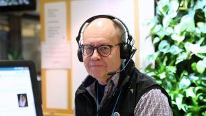 Wikimedia Suomen puheenjohtaja Heikki Kastemaa.