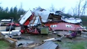 Myrskyssä tuhoutunut talo Alabamassa 2. tammikuuta.
