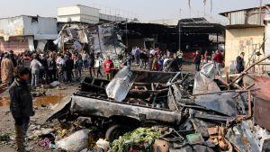 Autopommi tappoi ainakin 12 ihmistä bagdadilaisella torilla.