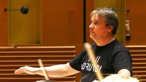 Lapin kamarikorkesterin taiteellinen johtaja John Storgårds nostaa tänä keväänä esiin ranskalaista musiikkia