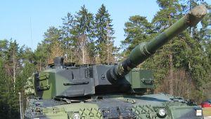 Leopard 2A4 panssarivaunu.