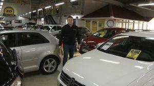 Käytettyjen autojen kauppa Raisiossa (Visa-Auto).