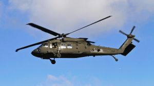 Yhdysvaltain armeijan Black Hawk -helikopteri.