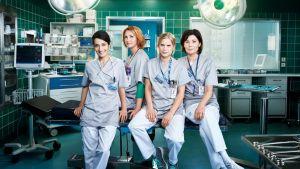 neljä sairaanhoitajaa