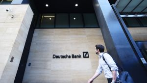 Deutsche Bankin konttori Lontoossa.