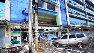 Maanjäristys tuhosi rakennuksia Mindanaon saarella Filippiineillä 11. helmikuuta. Kuvassa on koulurakennus Surigaon kaupungissa.