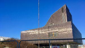 Seinäjoen kaupungintalon julkisivun klinkkerien kunto on ollut positiivinen yllätys.