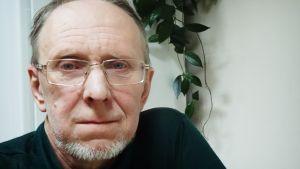 Kirill Popov on ihmisoikeusaktivisti, joka istui vankilassa ja vankileirillä 1985-1987.