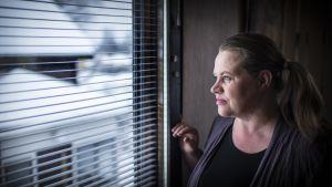 Kokkolalainen Maria Peltoniemi otti lapsensa kotiopetukseen homeoireiden takia