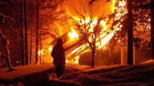 Tulipalo Saariselkä Inari