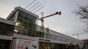 Helsingin Lasipalatsi ulkoa.