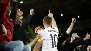 Lukas Podolski kuvassa