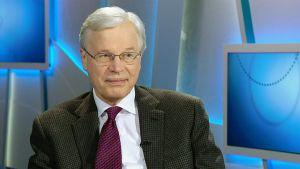 Professori Bengt Holmström.
