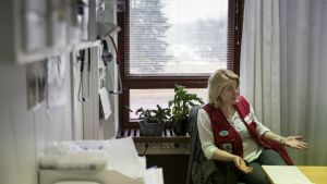 Evitskogin vastaanottokeskuksen sairaanhoitaja Laura Alhlgren.