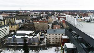 Oulun kaupungin suuri Vaalipaneeli järjestetään kauppakeskus Valkeassa.