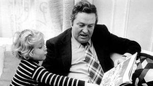 Marine lapsena isänsä Jean-Marie Le Penin kanssa.