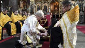 Uspenskin katedraali pääsiäinen jalkojen pesu