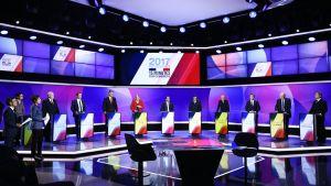 Ranskan presidenttiehdokaaat yhteisessä tv-lähetyksessä.