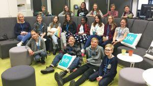 Tesomajärven koulun 6b-luokka