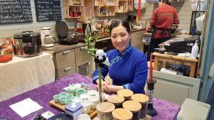Dannii Wang on Pikku Pandan teehuonen omistaja.