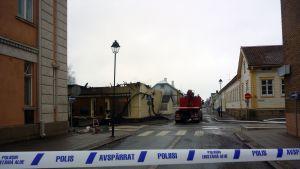 Tulipalo Raahessa Kirkkokadulla 30. huhtikuuta.