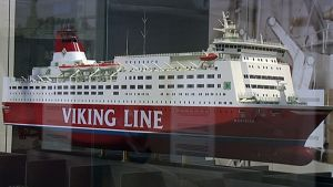 Viking Linen M/S Mariellan pienoismalli on esillä Suomen merimuseon uudessa näyttelyssä.