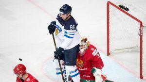 Mikko Rantanen MM-kisaottelussa Valko-Venäjää vastaan.