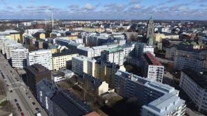 Kerrostaloja Helsingin Kalliossa tiistaina 11. huhtikuuta 2017.