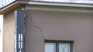 Seinäjoen Vaasantalon vauriot ovat osittain silmin nähtävissä.