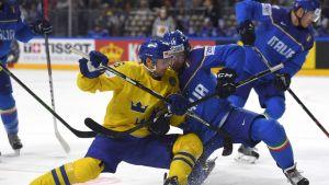 Ruotsin Anton Strålman ja Italian Raphael Andergassen kaksinkamppailussa.