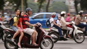 Liikennettä Hanoissa.
