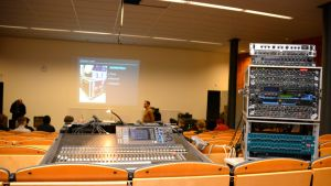 Kemi Faktorin workshopissa Simo Aalto.