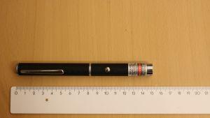 Rovaniemeläiseltä mieheltä takavarikoitu laiton laserosoitin.