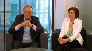 Lauri Ihalainen ja Susanna Huovinen ruotivat puolueensa eli SDP:n kannatuksen hiipumista.