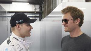 Valtteri Bottas ja Nico Rosberg.