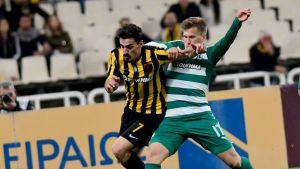 Robin Lod taistelee Kreikan Lazaros Christodoulopoulosta vastaan.