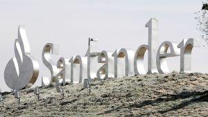 Santander-pankin logo Espanjan Madridissa.