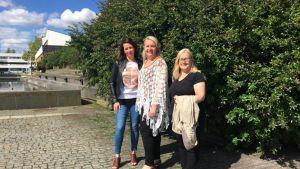 Uskonnonopettaja Riina Peltola (vas.), luokanopettaja Kati Särmö ja professori Leena Koivusilta kertoivat uusista toimintamalleista ja tutkimuksista koulukiusaamisen vastaisessa työssä Seinäjoella.