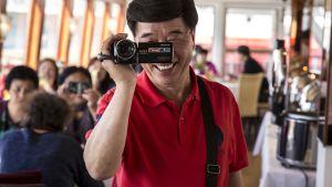 kiinalaisturisti videokuvaa