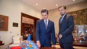 Meksikon presidentti Enrique Peña Nieto ja näyttelijä Leonardo DiCaprio.