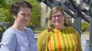 Heinolan valtuuston puheenjohtaja Niina Varjo (kok) ja kaupunginhallituksen puheenjohtaja Kirsi Lehtimäki (sdp)